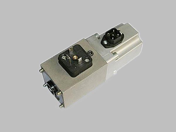伺服比例型電磁鐵 DP45-4-GWEF004
