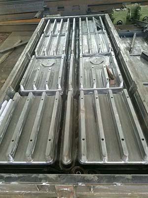 钢制漏粪板模具