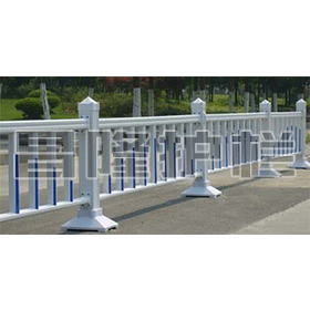 镀锌钢喷塑护栏价格