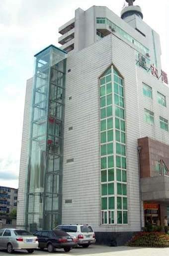 钢化玻璃电梯