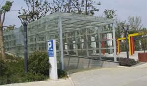 钢化玻璃车库入口