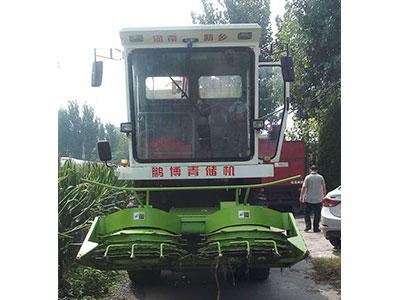玉米秸秆青储收割机