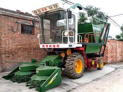 大型玉米秸秆青储机