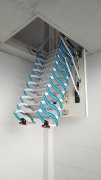 碳鋼閣樓伸縮樓梯