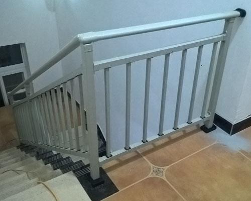 锌钢楼梯护栏