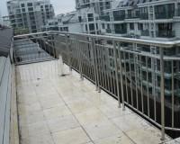 不锈钢阳台护栏厂家