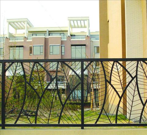 阳台护栏的安全性