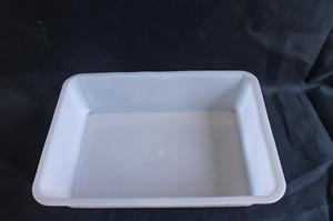 白色方冰盘