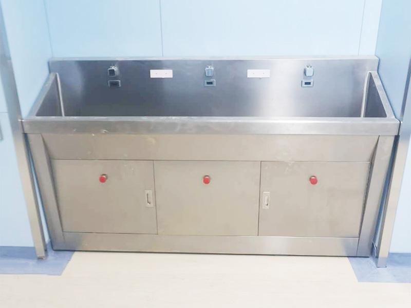 缓冲间洗手池
