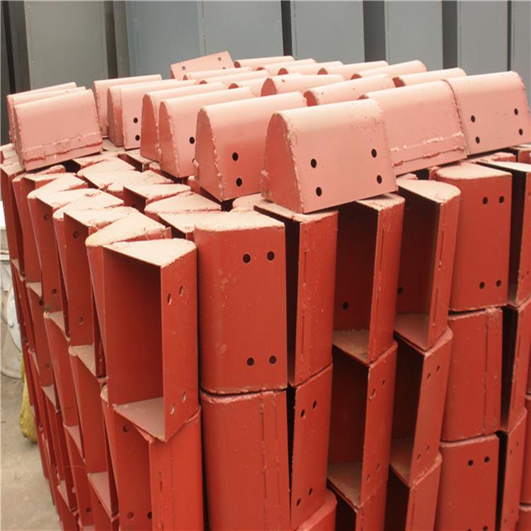 供應水泥粉提升機 粉末料輸送提升設備 沙石斗式提升機 廠家定制