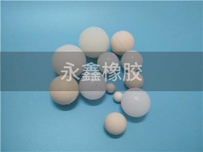当物料是液浆时不建议使用橡胶球