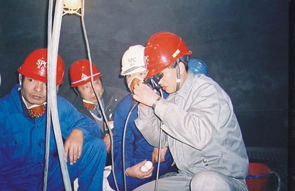 上海石化化工部乙二醇反應器噴砂