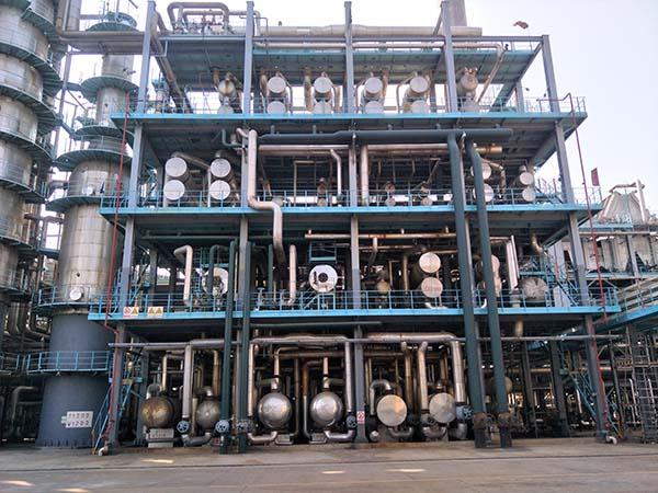 高桥石化炼油三部催化装置防腐保温