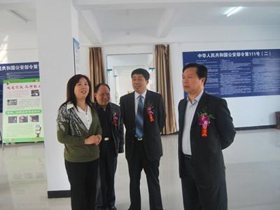 市长参观新大驾校