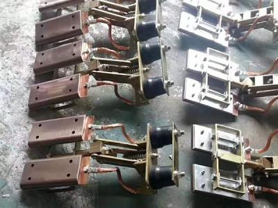 钢体集电器