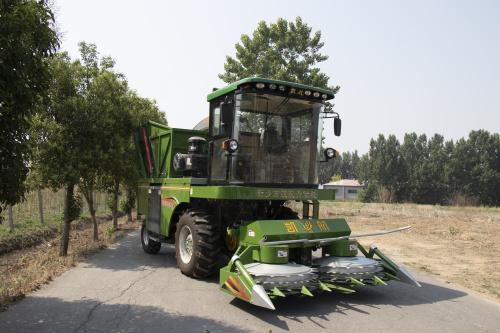 玉米收割青储机