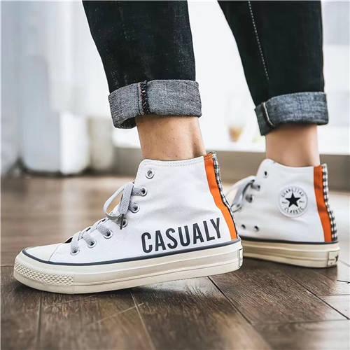 单色潮鞋加盟