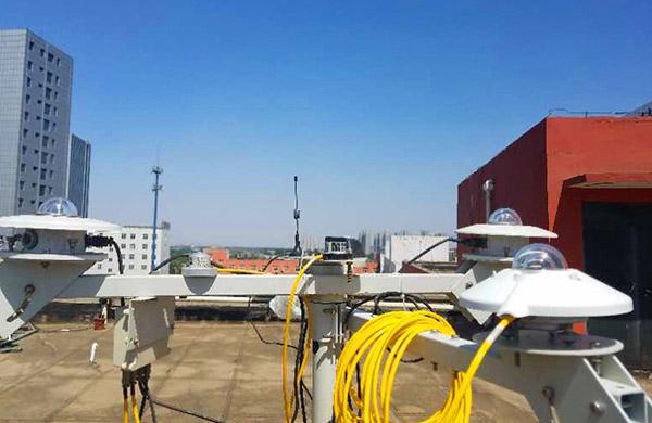 RYQ-5B型全自動跟蹤光伏環境監測儀