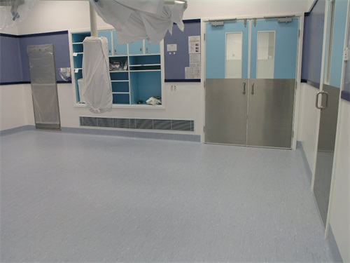 球場塑膠地板