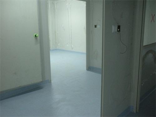 防靜電塑膠地板