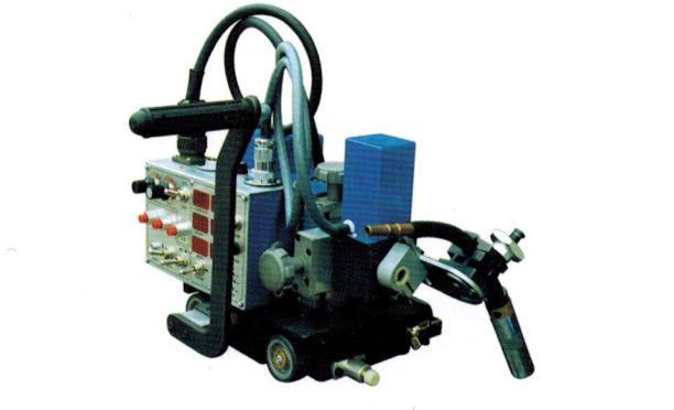 摆动式自动焊接小车
