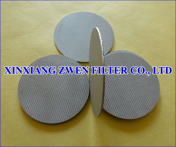 Stainless_Steel_Sintered_Wire_Mesh_Filter_Disc.jpg