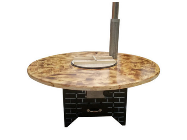 鐵鍋燉餐桌