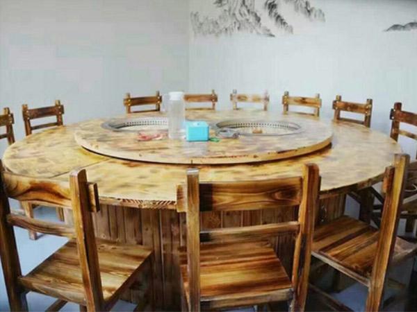 鐵鍋燉轉桌