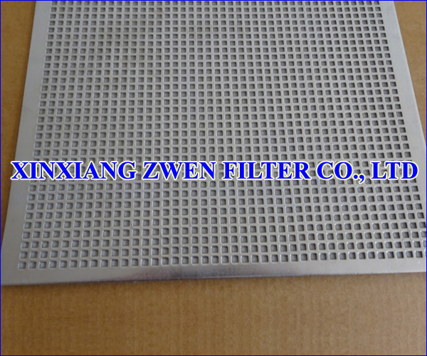Perforated_Plate_Sintered_Wire_Cloth.jpg