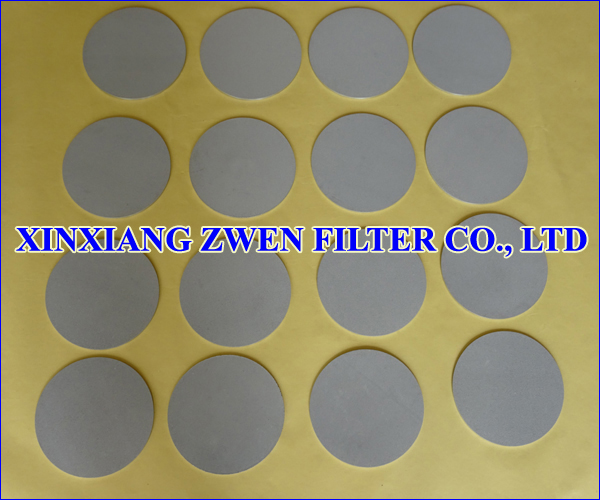 Polymer_Extrusion_Device_Titanium_Sintered_Powder_Filter_Disc.jpg