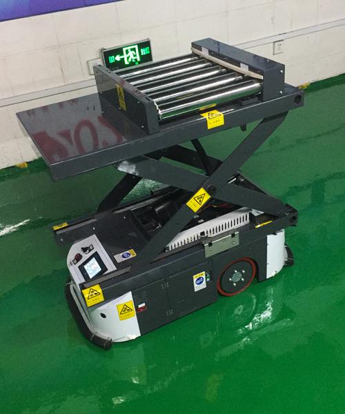 升降滚筒式AGV