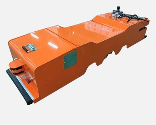 单向潜伏牵引式AGV
