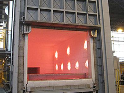 Trolley heat treatment furnace