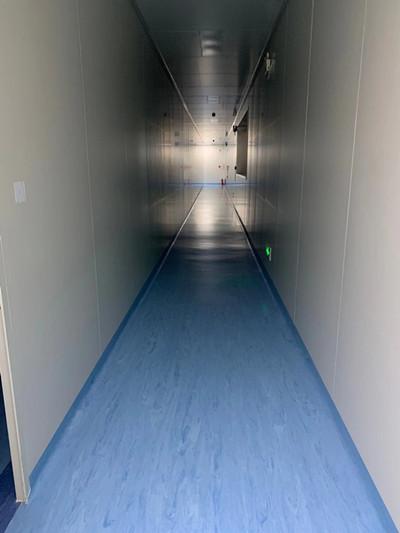 地面塑胶地板施工
