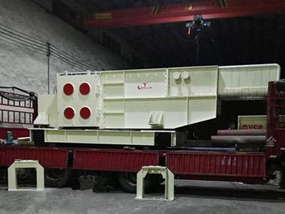 国产电弧炉废钢步进加料装置