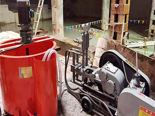 syb双液变量注浆泵客户使用现场