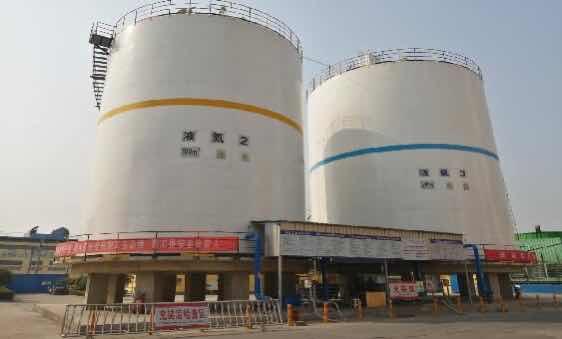 大型低温液体贮槽-长葛1台700方液氮 1台液氧平底储罐项目