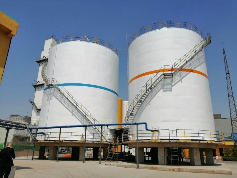 大型低温液体贮槽-1台2000方液氮 1台2000方