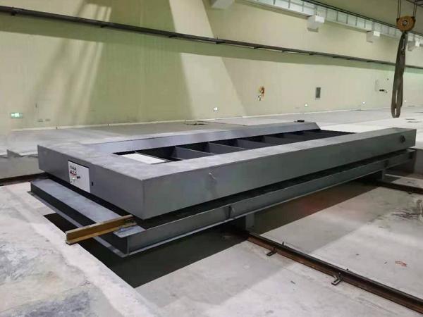 河南冠杰 为中国计量科学研究院提供定制化蓄电池式电动平车